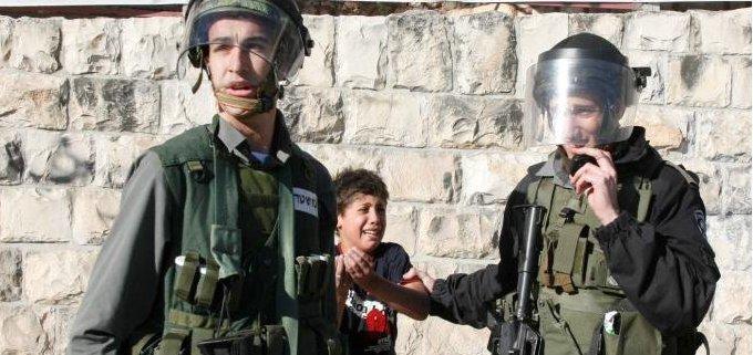 10 yr old child arrested in Silwan EJ on 21 Jan 2011_Awad Awad photo_cropped